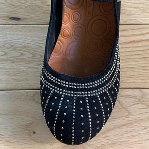 Black Chie Mihara heel, dress shoe.